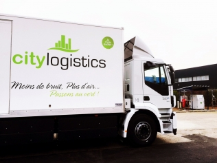 Iveco Stralis Natural Power firmy CityLogistics