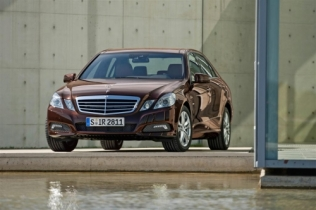 E 200 NGT BlueEfficiency